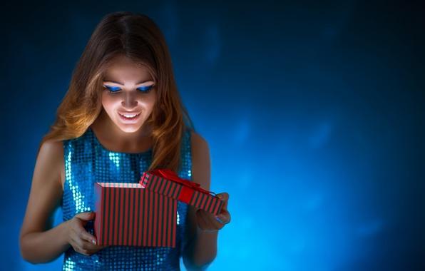 nastroenie-novogodnee-happy-new-year-krasivaia-devushka-eva